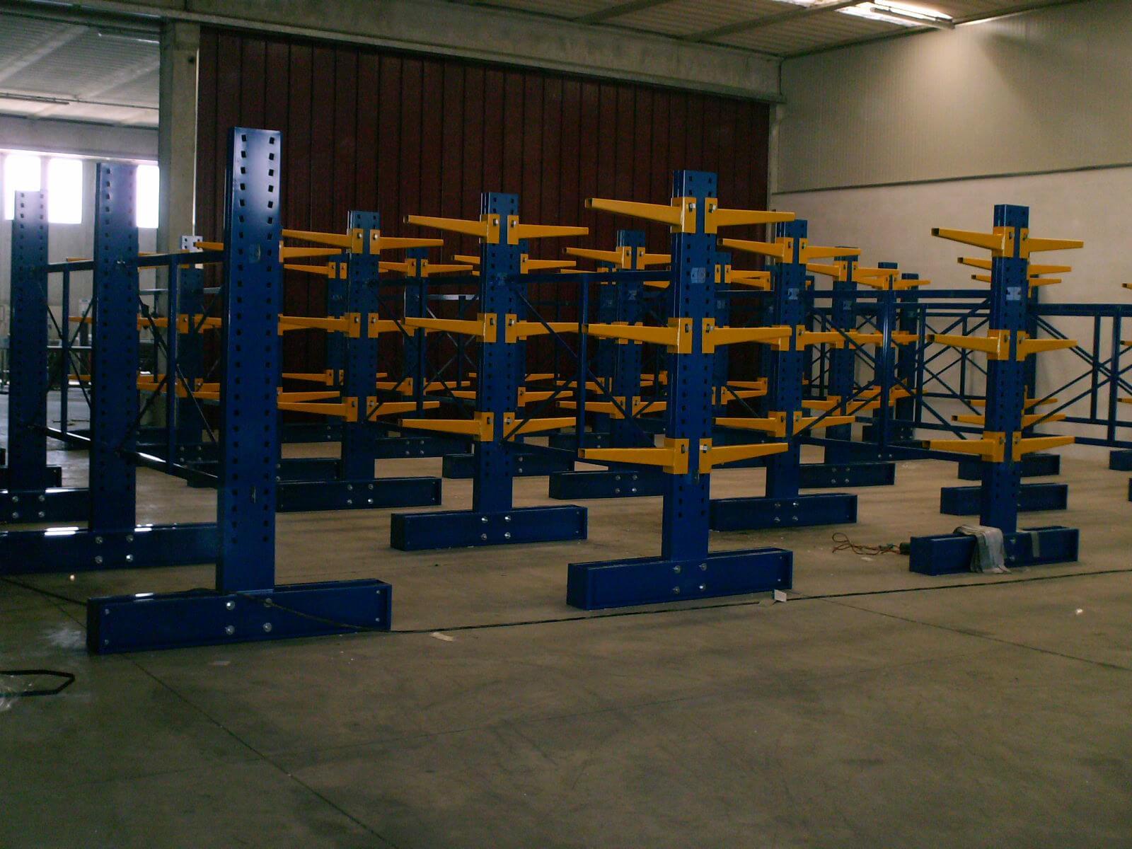 Realizzazione Scaffalatura Centro Alluminio (1)