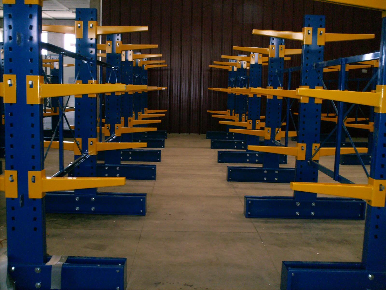 Realizzazione Scaffalatura Centro Alluminio (2)