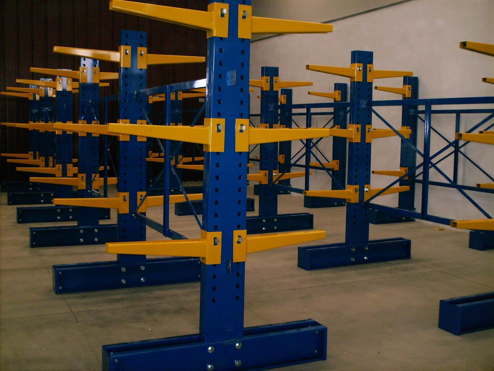 Realizzazione Scaffalatura Centro Alluminio (3)