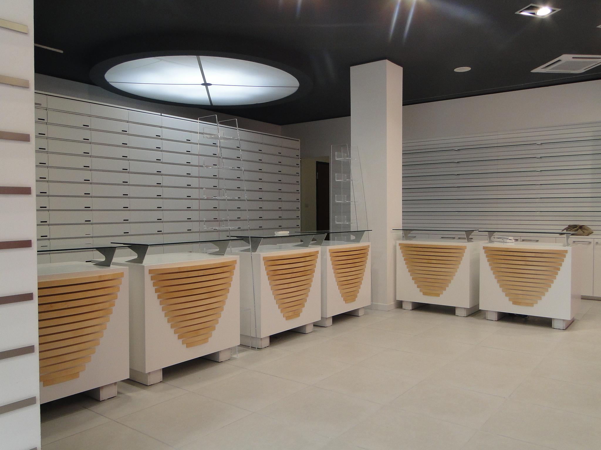 Ristrtutturazione Farmacia Ladispoli (12)