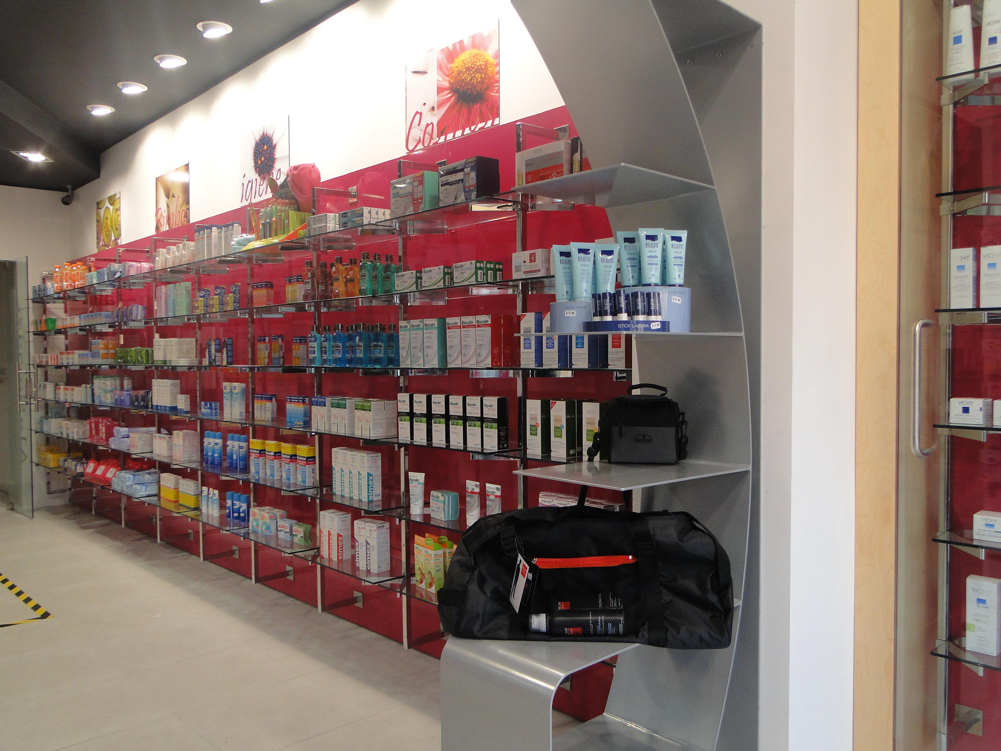 Ristrtutturazione Farmacia Ladispoli (16)