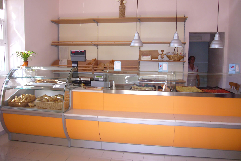Realizzazione e arredi per panetteria roma gruppo smau for Arredi per ufficio roma