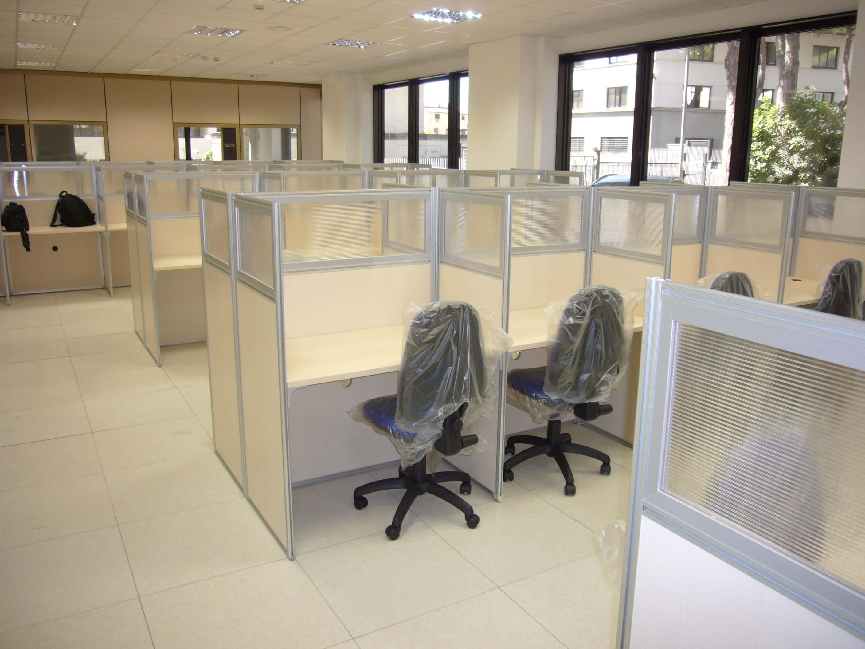 Realizzazione call center aci global roma gruppo smau for Arredamento call center
