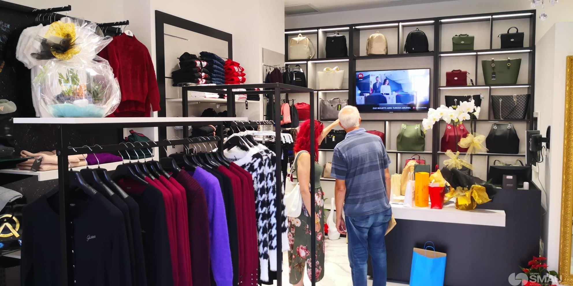 Realizzazione-negozio-Oriana-Abbiglaimento-Roma (14)