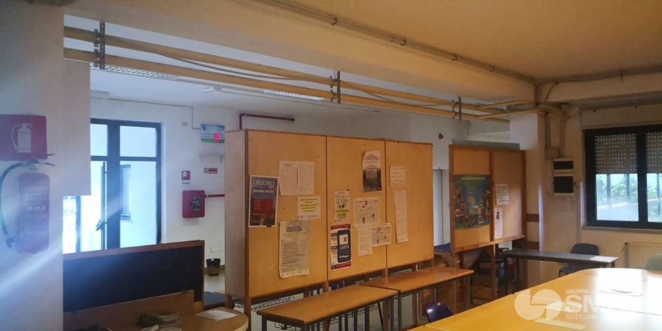Realizzazione pareti divisorie Liceo Scientifico Touschek – Grottaferrata (2)